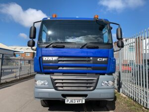 2013 DAF CF 85, 32 Tonne Skiploader, AJK Extendable Equipment, Euro 5, 360bhp, Day Cab, Automatic Gearbox, Reverse Camera Fitted, Steering Wheel Controls.
