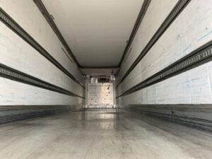 2017 Schmitz Dual Temp Fridge Trailer, Thermoking SLXi Spectrum Fridge Engine, 4.08m External Height, 2.59m Internal Height, SAF Axles, Drum Brakes, Aluminium Floor, Barn Doors, 2 x Load Lock Rails, Raise Lower Valve Facility.