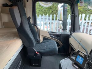 2018 Mercedes Actros, Euro 6, 450bhp, Bigspace Single Sleeper Cab, Mid-Lift Axle, Automatic Gearbox, 4m Wheelbase, Air Con, Cruise Control, Steering Wheel Controls, Low Mileage, Choice & Warranty Available.