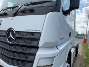 2016 (66) Mercedes Actros, Euro 6, 450bhp, Bigspace Single Sleeper Cab, Mid-Lift Axle, Automatic Gearbox, Air Con, Cruise Control, Steering Wheel Controls, Low Mileage, Choice & Warranty Available.