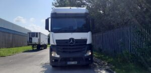 2017 (67) Mercedes Actros, Euro 6, 450bhp, Bigspace Single Sleeper Cab, Mid-Lift Axle, Automatic Gearbox, 4m Wheelbase, Air Con, Cruise Control, Steering Wheel Controls, Low Mileage, Choice & Warranty Available, Finance Options also Available.