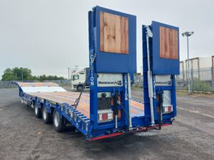 Brand New 2021 Montracon Lowloader, BPW Axles, Drum Brakes, Keruing Floor, Outriggers, Lashing Rings, Flip Toe Ramps with Sideshift, Bluetooth Controlled, Air Assisted Ramp to Neck, Storage Box, Raise Lower Valve Facility, Full Manufacturers Warranty Applies, Finance Options also Available.