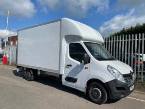 2018 Renault Master, Boxvan Body, 130bhp, Manual Gearbox, Day Cab, DEL Column Tailift, 4.05m Body Length, 124,888 Miles, Steering Wheel Controls, Finance Options Available.