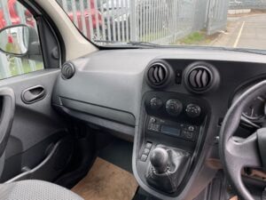 2018 Mercedes Citan Van, 5 Seater, Manual Gearbox, Radio/USB, Air Con, Electric Windows, 56,021 Miles, Finance options Available.
