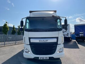 2016 (66) DAF CF, 18 Tonne, Euro 6, 250bhp, Dhollandia Tuckunder Tailift (1500kg Capacity), Automatic Gearbox, 27ft Body, Single Sleeper Cab, Low Mileage, Warranty & Finance Options Available.
