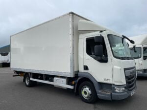 2017 (67) DAF LF, 7.5 Tonne, Euro 6, 150bhp, Automatic Gearbox, 20ft Body, Anteo Tuckunder Tailift (1000kg Capacity), Barn Doors, Day Cab, Steering Wheel Controls, Choice, Warranty & Finance Options available.