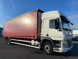 2017 (67) DAF CF, 18 Tonne, Euro 6, 260bhp, Dhollandia Tuckunder Tailift (1500kg Capacity), Automatic Gearbox, Single Sleeper Cab, 27ft Body, Steering Wheel Controls, Low Mileage, Warranty & Finance Options Available.