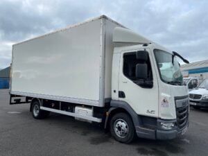 2017 (67) DAF LF, 7.5 Tonne, Euro 6, 150bhp, Automatic Gearbox, 20ft Body, DEL Column Tailift (1000kg Capacity), Roller Shutter Door, Day Cab, Steering Wheel Controls, Air Con, Choice, Warranty & Finance Options available.