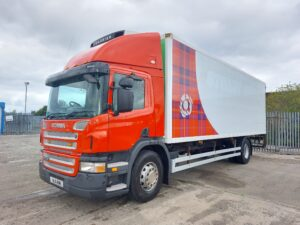2011 Scania Fridge Tailift, 18 Tonne, Euro 5, 230bhp, Manual Gearbox, Day Cab, Gray & Adams Body, Carrier Supra 950t Fridge Engine, Column Tailift Fitted, 722,685km, Finance Options Available.