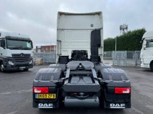 2019 (69) DAF XF, Euro 6, 530bhp, Superspace Twin Sleeper Cab, Automatic Gearbox, 3.95m Wheelbase, Steering Wheel Controls, Air Con, Cruise Control, Xtra Comfort Mattress, Mid-Lift Axle, Aluminium Catwalk Infill Panels, Low Mileage, Choice, Warranty & Finance options Available.