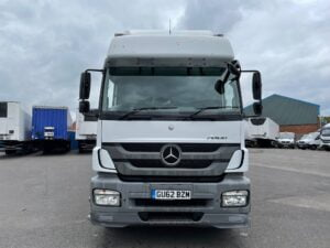 2012 (62) Mercedes Axor Curtainsider, 18 Tonne, Euro 5, 290bhp, Manual Gearbox, Anteo Tuckunder Tailift (1500kg Capacity), Low Mileage, 27 Foot Body, Single Sleeper Cab, Steering Wheel Controls, Finance Options Available.