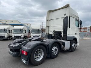 2018 DAF XF, Euro 6, 480bhp, Superspace Twin Sleeper Cab, Automatic Gearbox, 3.95m Wheelbase, Aluminium Catwalk Infill Panels, Steering Wheel Controls, Mid-Lift Axle, Air Con, Xtra Comfort Mattress, Radio/USB, Electrically Heated & Adjustable Mirrors, Warranty & Finance options Available.